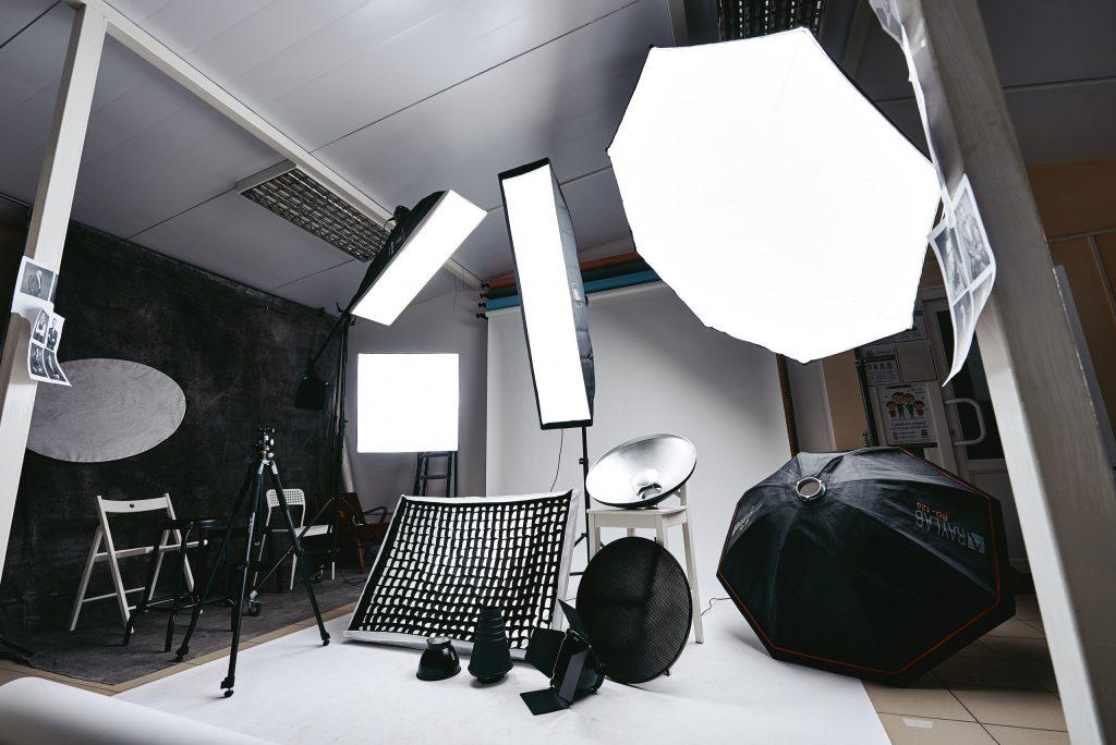 свадебной фотографии аренда студии для фотосессии новосибирск должно находиться определенном
